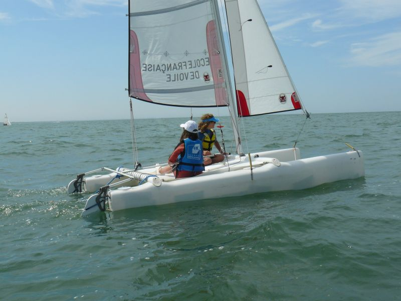 Catamaran - Dives sur Mer - Ecole de Voile Intercommunale